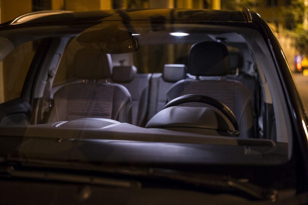 Foto di Luca Ghedini Aspettando fuori Daniela Cattiveli